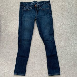 AMERICAN EAGLE stretch super skinny jeans